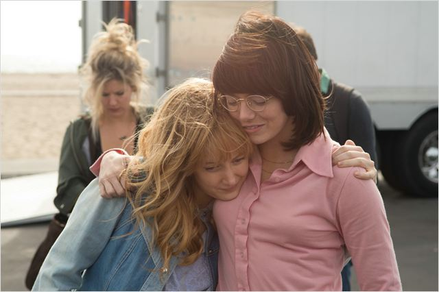 Billie Jean (Emma Stone) com a cabelereira Marylin (Andrea Riseborough).